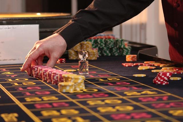 """ייצוג נאשמים בעבירות הימורים ע""""י עורך דין פלילי מומחה"""